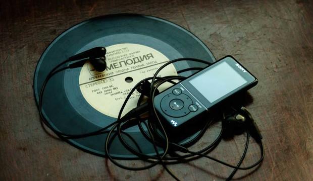 ¿Un Black Friday a todo volumen?: 5 propuestas de regalo para los oídos más exigentes