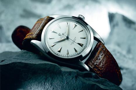 La biblia de Rolex: un siglo de historia del reloj en 194 páginas