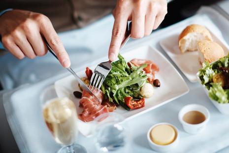 Chefs de altos vuelos: 5 menús de estrella Michelin para no quejarse nunca más de la comida de los aviones