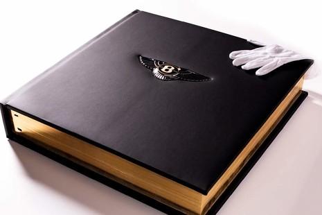 Este es, posiblemente, el libro más caro del mundo. Y pesa 30 kilos